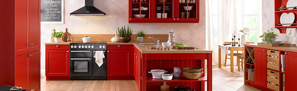 Landhausküche rot