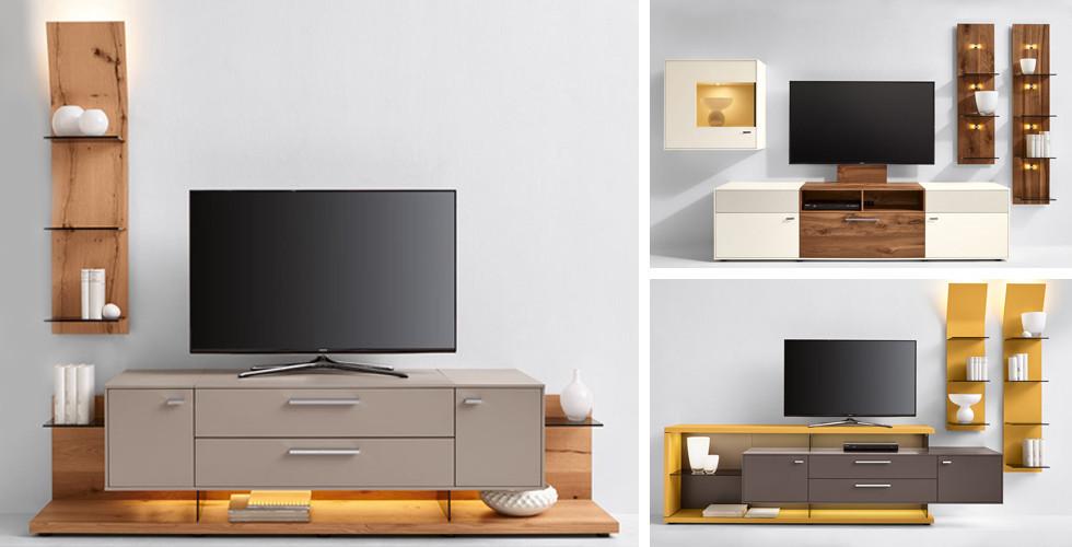 TV nábytek různých barev a tvarů v XXXLutz.