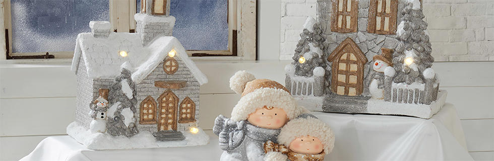 bijeli i srebrni božićni ukrasi