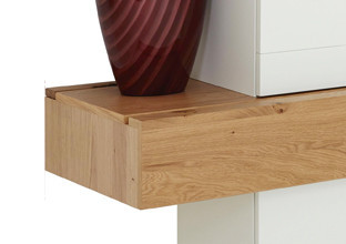 Dřevo částečný masiv, ušlechtilé, v XXXLutz.