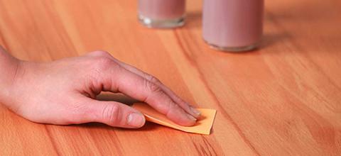 Ruka smirkový papír oranžová masiv