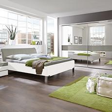 Schlafzimmerserie Bianco