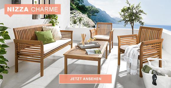 Gartenmöbel aus hellem Holz im Nizza Style