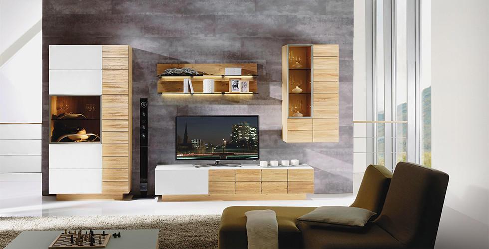 XXXLutz bekommen Sie Wohnwand-Sets zum Toppreis mit perfekt aufeinander abgestimmten Möbel-Elementen.