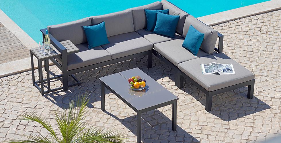 Gartenmöbel-Set aus Metall