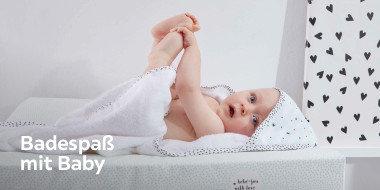 Badespaß mit Baby