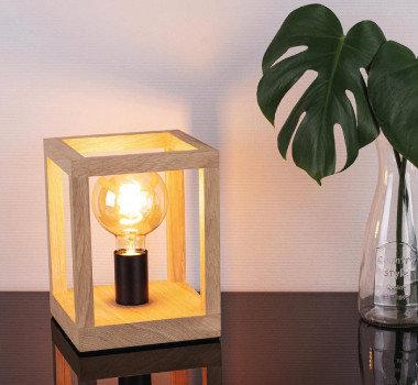 Leuchten mit Struktur Standlicht Laterne Holz Pflanze