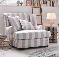 Gemütlicher Stuhl in Weiß bei XXXLutz.