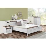 klasični bijeli krevet