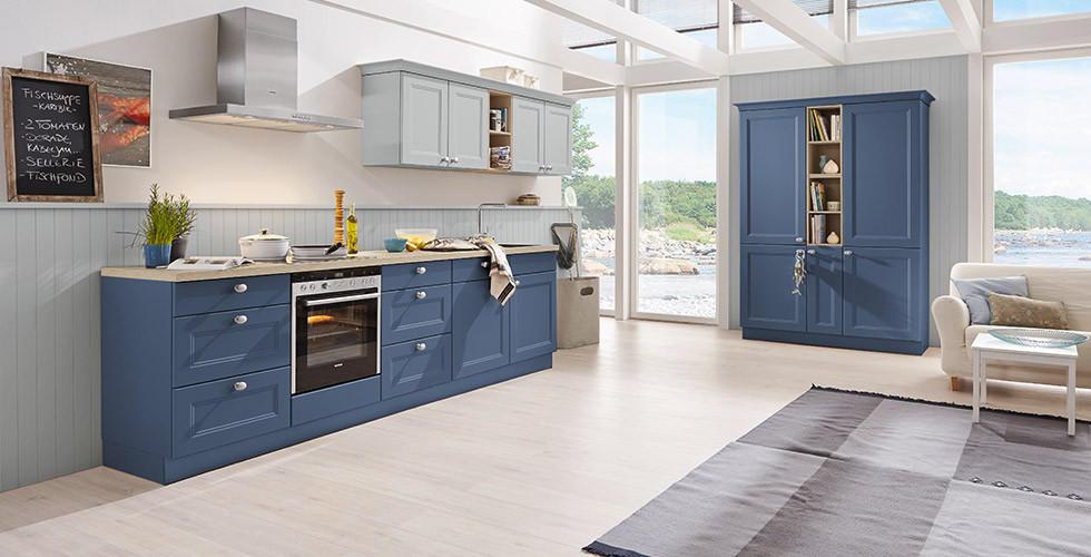 Moderne Landhauskueche Blau