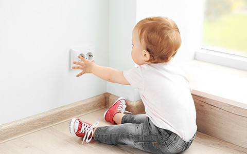 Kindersicherheit Steckdosen