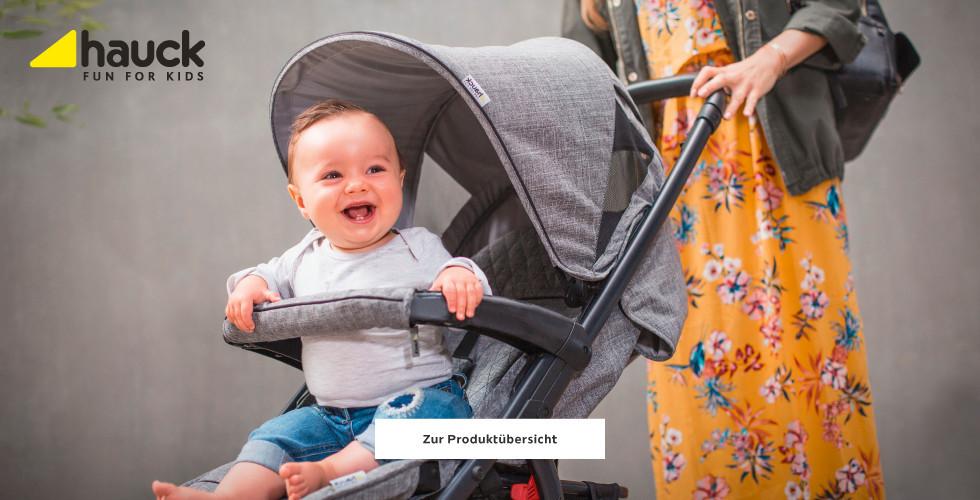 Hauck Kinderwagen in grau mit Kleinkind