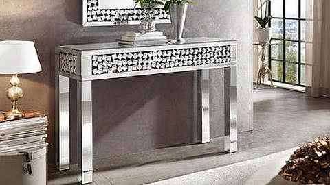 Srebrni stol konzola