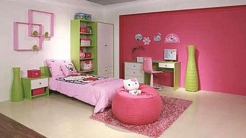 Zeleno-bijelo-ružičasta soba za djecu