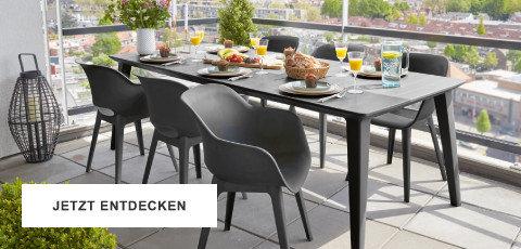 Gartentrends Gartenmöbel Schwarz Weiss Sitzgarnitur Tisch Sesseln Balkon Terrasse