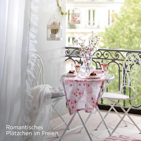 Romantisches Plätzchen im Freien