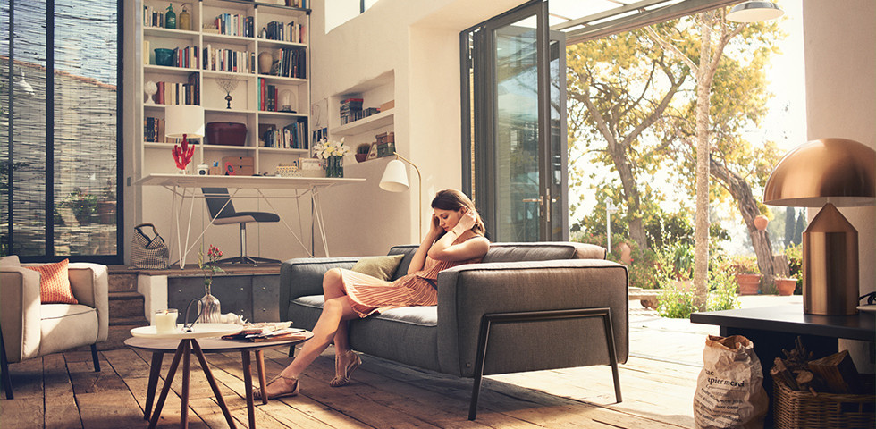 Wohnzimmer im gemütlichen und modernen Hygge Stil einrichten