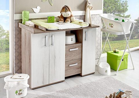 Babyzimmer mit freundlich frischem grün einrichten
