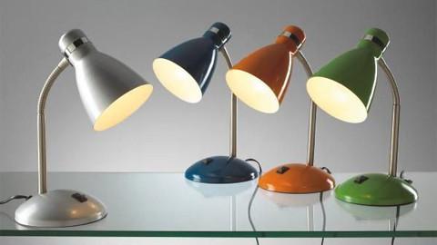 Energiesparlampe für den Schreibtisch