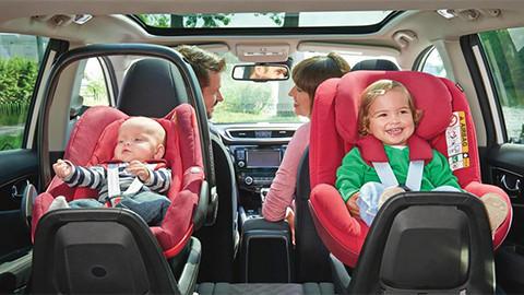 Kinderautositz mit Isofix-Befestigung