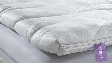 Topper pro pohodlnější spaní v XXXLutz.