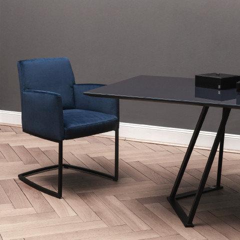 Esszimmer blauer Sessel