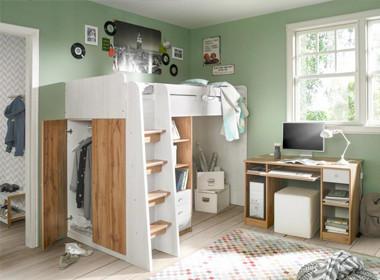 Kreativna soba z delovnim kotičkom