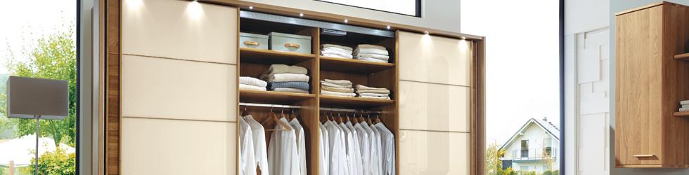 Die Kleiderschrank-Ausstattung Ihrer Träume