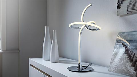 LED stolní lampa stříbrná