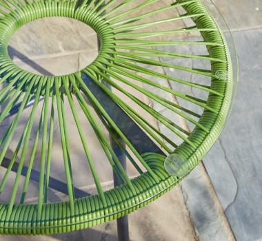 Detailbild Gartentisch Fäden grün