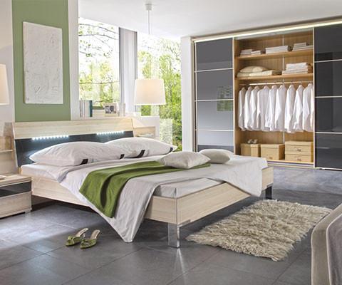 Moderano geschmackvolle Atmosphäre Schlafzimmer hell freundlich