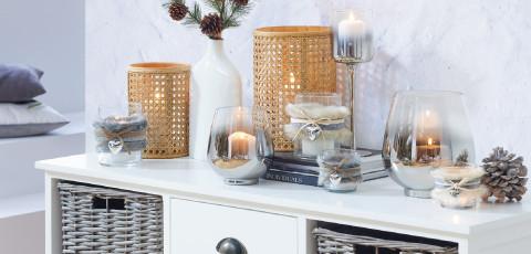 winterliche Dekoration mit Teelichter
