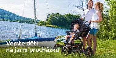 Jarní procházka s dětmi