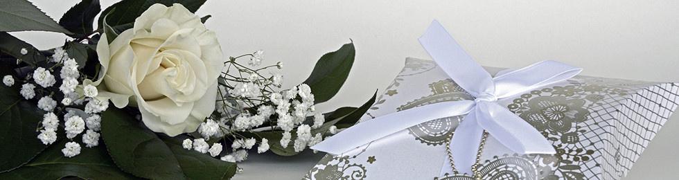 Die richtigen Geschenke zur Hochzeit schenken