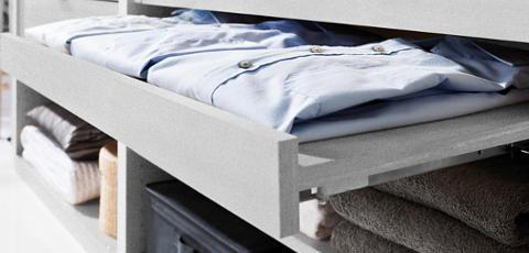 Schubfach für Hemden Kleiderschranksystem
