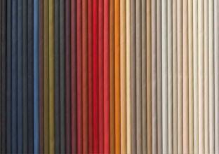 Látkové nebo kožené potahy na vaši pohovku, různé barvy a designy, v XXXLutz.