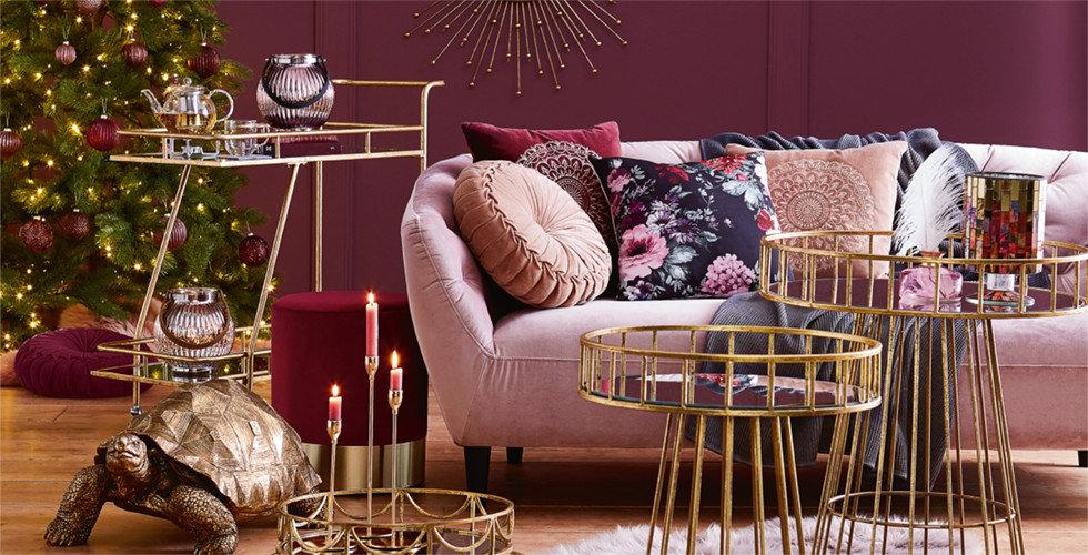 Glamour Weihnachten Beerentöne Gold Violett Wohnzimmer