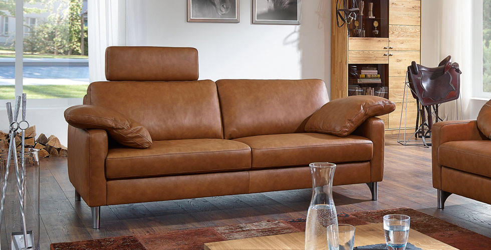 Elegantní kožená lenoška Chilliano.