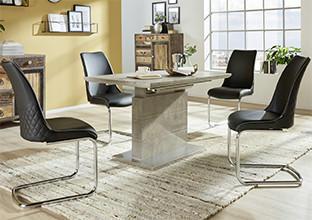 Svijetlo sivi blagovaonski stol i crne stolice