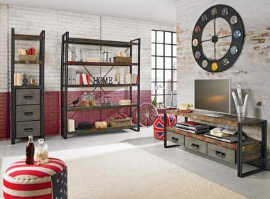 Pisana dekoracija in industrijsko pohištvo
