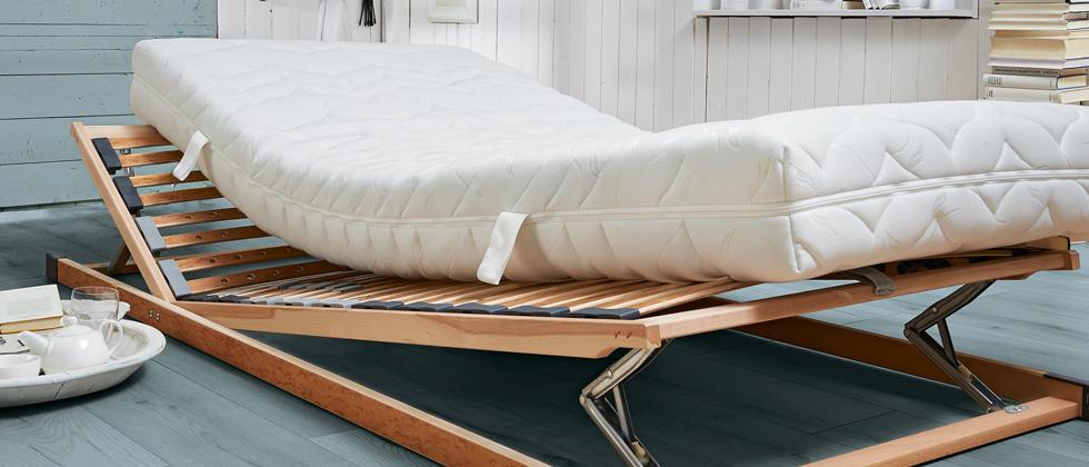 Ležišča in posteljni podi