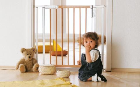Kindersicherheit Türschutzgitter
