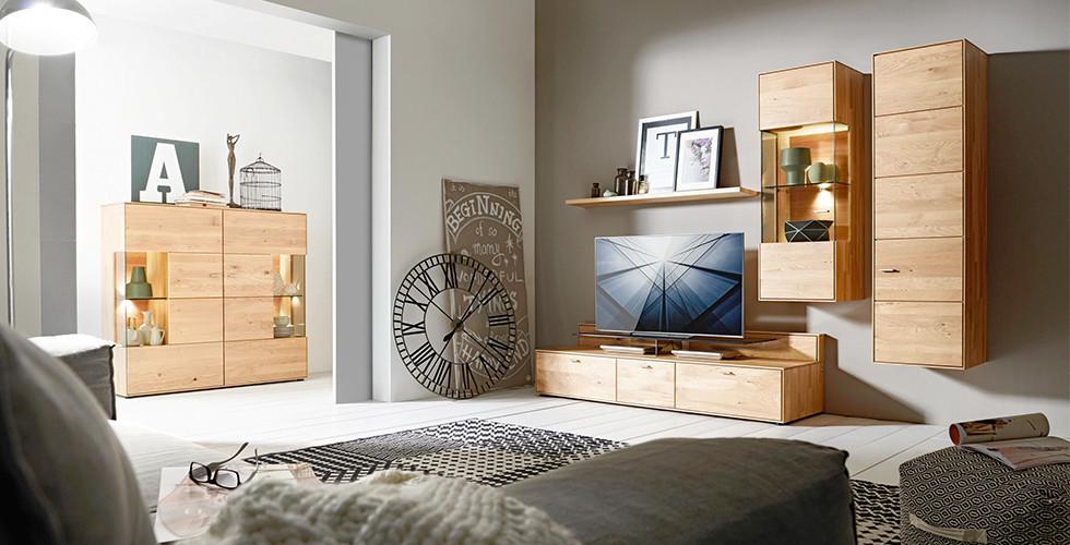 Nábytek do obývacího pokoje podle vašich požadavků a vašeho vkusu najdete v XXXLutz.