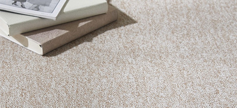 Teppichboden weiß aus Markenfasern