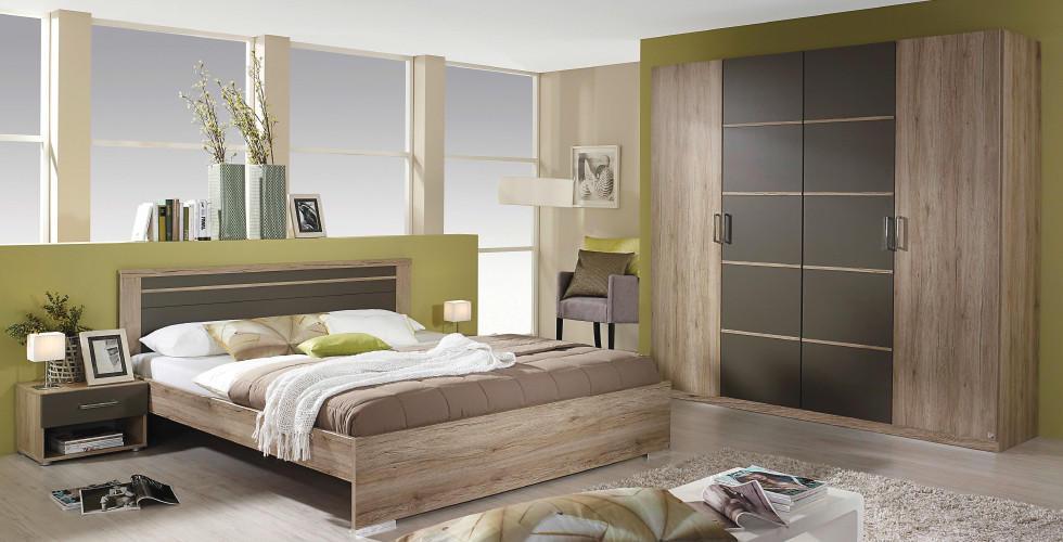 Spavaća soba drveno smeđe boje