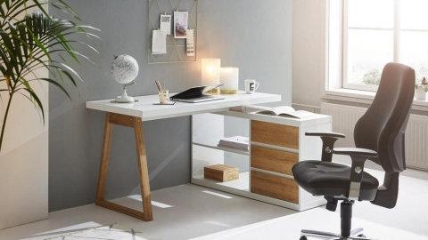 kutni pisaći stol