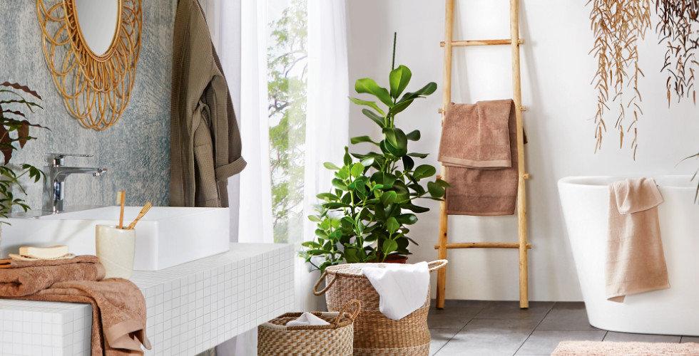 Bad aus natürlichen Materialien