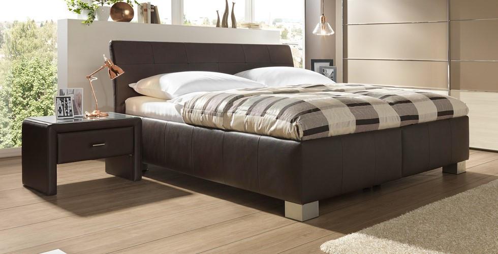 Entdecken Sie Bettkonsolen, Nachtkommoden, Nachtkästchen in verschiedenen Stilen bei XXXLutz.