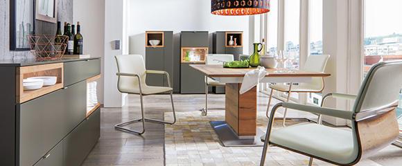 Venjakob Esszimmer Tisch Stühle Sideboard Kommode