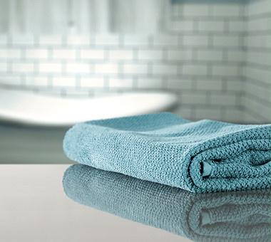 blaues Handtuch für dein wohlfühl Badezimmer